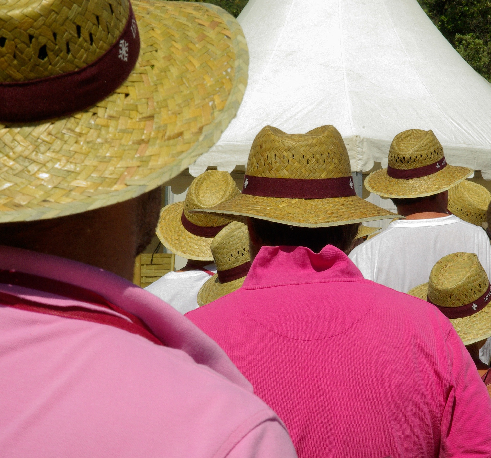 straw-hats-490203_1920